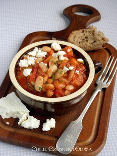 Fasola pieczona w sosie pomidorowym po grecku - Gigandes plaki | Chilli, Czosnek i Oliwa | blog kulinarny