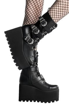 Botas Grunge, Grunge Shoes, Wedge Boots, Shoe Boots, Cute Shoes Boots, Women's Boots, Emo Shoes, Alternative Shoes, Goth Boots