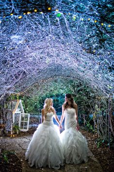 A Garden-Inspired Wedding at Twin Oaks Gardens in San Marcos, California | ABM Wedding Photography | Theknot.com