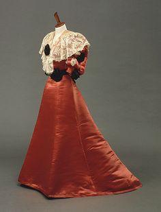 Dinner dress by Worth, ca 1902 Paris, National Gallery of Australia