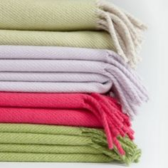 100% LAMBSWOOL THROW #7th wedding anniversary gift ideas http://www.giftgenies.com/presents/throws