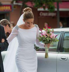 ¡Nuevo vestido publicado!  Vestido romantico T-36 ¡por sólo 1000€! ¡Ahorra un 44%!   http://www.weddalia.com/es/tienda-vender-vestido-novia/vestido-romantico-t-36/ #VestidosDeNovia vía www.weddalia.com/es