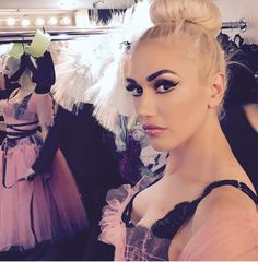 Gwen Stefani in Ballerina makeup/from Instagram