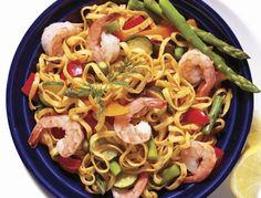 Linguines au pesto et aux crevettes | Recette IGA | Pâtes, Fruits de mer, Recette facile