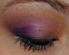 Ravens eye make-up :)
