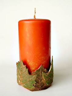 Love leaves, love candles..