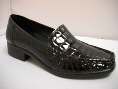 1 Cassini Maestro - B - Cassini Maestro patent croc mocassin in Black and Red. Court Heels, Out To Lunch, Smart Casual, Crocs, Work Wear, High Heels, Dress Shoes, Footwear, Loafers