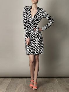 Diane Von Furstenberg New Jeanne Two dress for women