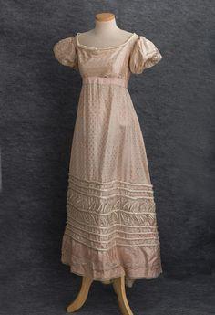 Antique Clothing at Vintage Textile: #2669 Regency dress