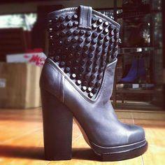Verdugo studded heal boots