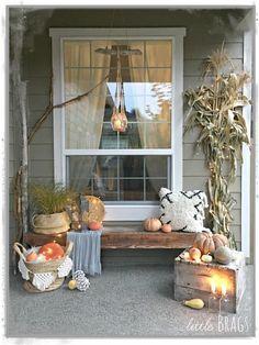 Light Up the Night Fall Porch Decor Fall Home Decor, Autumn Home, Boho Fashion Fall, Porch Decorating, Decorating Ideas, Decor Ideas, Boho Stil, Halloween Porch, Autumn Inspiration
