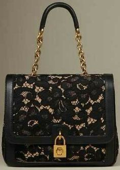 Dolce Women on Dolce Online Store United States - Dolce & Gabbana Group Stylish Handbags, Best Handbags, Luxury Handbags, Fashion Handbags, Purses And Handbags, Fashion Bags, Dolce & Gabbana, Handbag Accessories, Fashion Accessories