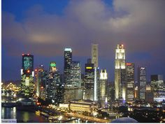 Being one of the top ten tourist destinations in Asia, Singapore tourism offers you a host of activities. Right from enjoying the beauties of nature to getting freaky at the night clubs to enjoying cruises, visiting historical places