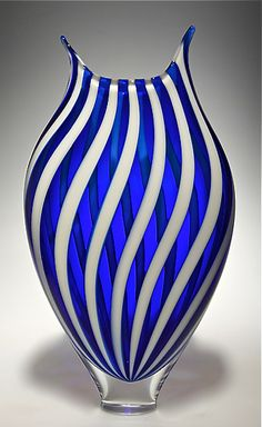 Art glass vases and vessels dance in the light, given form by the careful talent of today's finest American glass artists. Explore an incredible selection of art glass vases and vessels, each the result of an artist's unique vision. Blown Glass Art, Art Of Glass, Verre Design, Glass Design, Cobalt Glass, Fused Glass, Cobalt Blue, Clear Glass, Colored Glass Vases