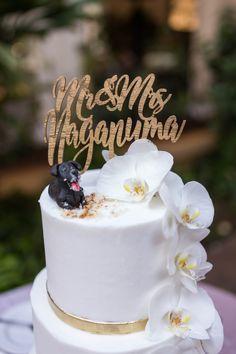 Wedding Cake With Wooden Calligraphy Floating Mr And Mrs Topper Gold Detailing White Orchids Cakespiration From Honolulu Hawaii
