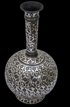 Silver Bidri Flask or Vase - Michael Backman Ltd Good Morning Cards, Keep Alive, Blue Pottery, Historical Art, Indian Art, Light Colors, Flask, Arts And Crafts, Sculpture