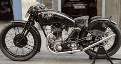 1930's racing motorcycles | picture full of appeal; Vintage-era racing bikes are light and ...