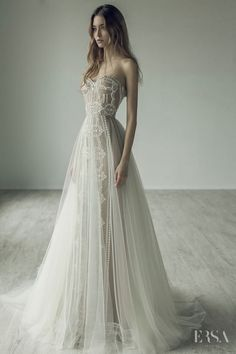Wedding Dress Inspiration – Ersa Atelier Source by sunshinevivi Dream Wedding Dresses, Bridal Dresses, Wedding Gowns, Prom Dresses, Wedding Dressses, Wedding Ceremony, Ersa Atelier, Mod Wedding, Elegant Wedding