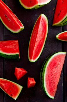 The red melon has an natural filter system, cleaning any type of polluted water, and does the same in our body, when we eat it.