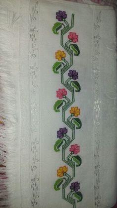 Kanaviçe havlu Paper Embroidery, Bargello, Diy And Crafts, Cross Stitch, Handmade, Cross Stitch Borders, Bath Linens, Dish Towels, Crafts