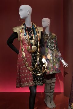 Iris Apfel clothing