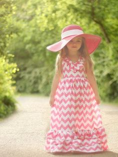 Cute chevron dress idea for a flower girl #chevron #wedding