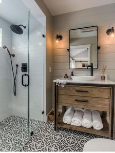 80 guest bathroom makeover decor ideas for a . - 80 guest bathroom makeover decor ideas for a budget - Shower Room, Bathroom Interior, Bathroom Decor, Bathroom Remodel Master, Small Bathroom Remodel, Farmhouse Bathroom Decor, Shower Remodel, Farmhouse Bathroom Vanity, Bathroom Makeover