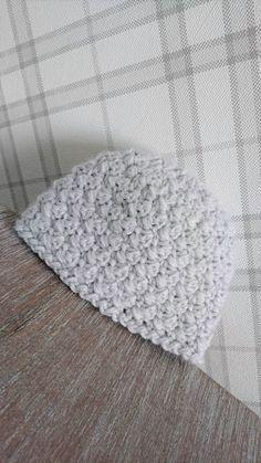 Gratis haak patroon - gehaakt baby mutsje 'Saar' - #gratis #patroon #gehaakt #baby #mutsje #freepattern #crochetpattern #babyhat #haken , #crochet