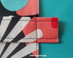 How to Make a Simple Tote Bag - JMB Handmade Diy Fabric Purses, Diy Bags Purses, Fabric Wallet, Easy Sewing Projects, Sewing Projects For Beginners, Easy Tote Bag Pattern Free, Free Pattern, Diy Tote Bag, Tote Bags