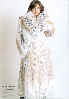 Beautiful Canadian lynx coat with it's sparkling shawl collar at Juliana Furs. Find the more details about Canadian Lynx Coats as colors, sizes and rates Black Fur Coat, Fox Fur Coat, Fur Coats, Lynx, Fabulous Furs, Fur Clothing, Crazy Outfits, Fur Stole, Teddy Coat