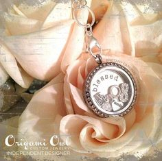Origami Owl Create your own Living Locket!