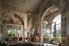 main salon of Villa Ca'Toga built and painted by artist Carlo Machiori
