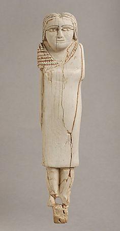 Femme Drapee Dans Un Manteau 3100BC Egypt