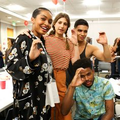 """""""Throw your G's up for #grownish. First table read: ✓"""""""