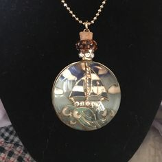 Betsey johnson compass necklace Betsey johnson nautical compass necklace on long chain, beautiful!! Betsey Johnson Jewelry Necklaces