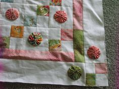 Baby's YoYo quilt before quilting