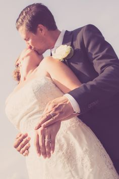 Wedding rings. www.valokuvausoxa.com