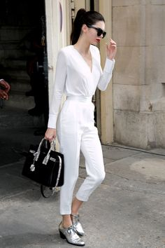 Kendall Jenner - Tip: Put an unexpected twist on head-to-toe white with metallic footwear.Photo: Getty Images
