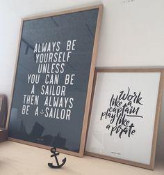 Work like a Captain. Play like a pirate. Poster citat plakat sea ocean sailor surf