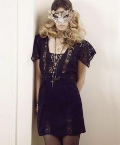 Catwoman Halloween Prom Party Mask  Masquerade Masks Phoenix Silver Lace Mask NV