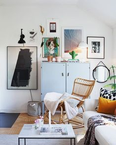 Instagram: @bloggaibagis Home Living Room, Apartment Living, Living Spaces, Interior Architecture, Interior Design, Room Of One's Own, Decoration, Interior Inspiration, Scandinavian Interior