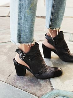 64404e00e51d These Free People X J Ghost Reign Heel 39 Washed Navy (Distressed Indigo)  Boots Booties Size US 9 Regular (M