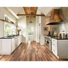 Armstrong Architectural Remnants - Gray, beige and brown laminate laminate flooring square meters per box) Farmhouse Style Kitchen, Rustic Kitchen, New Kitchen, Kitchen Decor, Kitchen Ideas, Rustic Farmhouse, Kitchen Interior, Country Kitchen, Walnut Kitchen