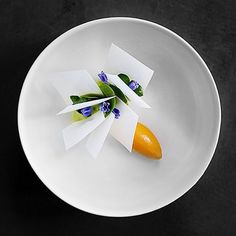 Pine oil ice cream with sea buckthorn and crispy milk. Incredible dessert by Beautiful photograph by Pine Oil, Michelin Star Food, Modernist Cuisine, Plate Presentation, Modern Food, Culinary Arts, Plated Desserts, Food Design, Food Plating