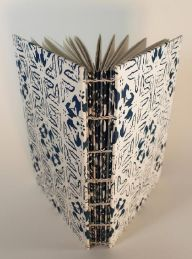 Lesley Patterson-Marx completed her two-part article by explaining how to create this fantastic book with exposed spine.  In the December 2014 issue of Workshop on the Web.  The first part showed you how to print fabulous papers for the book cover.