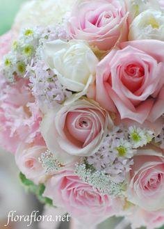 Wedding ブーケ ラウンド : FLORAFLORA*precious flowers*ウェディングブーケ会場装花&フラワースクール*