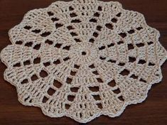 Crochet doily Step by step Tutorial Crochet doily Step by step Tutorial. Crochet doily Step by step Tutorial Crochet Shawl Diagram, Crochet Mittens Free Pattern, Crochet Coaster Pattern, Crochet Doily Patterns, Crochet Stitches, Crochet Flower Tutorial, Easy Crochet, Crochet Flowers, Crochet Dollies