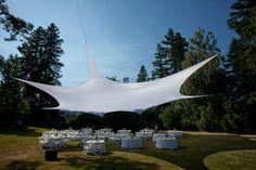 Espectacular carpa para celebrar tu boda en al estilo campestre. Sean Morrison Photography