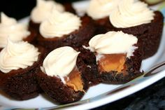 ♥ Rolo Brownie Bites with Caramel Cream Cheese Frosting