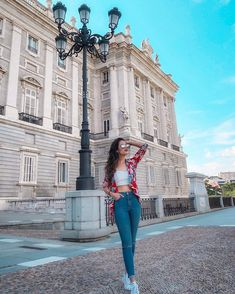 Palace, Madrid, Girl Fashion, Cute Outfits, Ruffle Blouse, Pictures, Girl Style, Instagram, Dresses